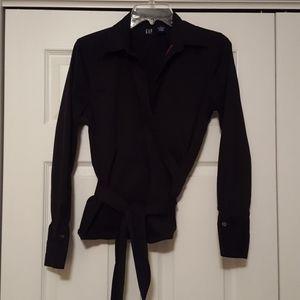 Gap black wrap top, size medium,  EUC